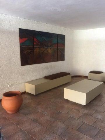 Apartamento Distrito Metropolitano>Caracas>El Paraiso - Venta:40.000 Precio Referencial - codigo: 19-10089