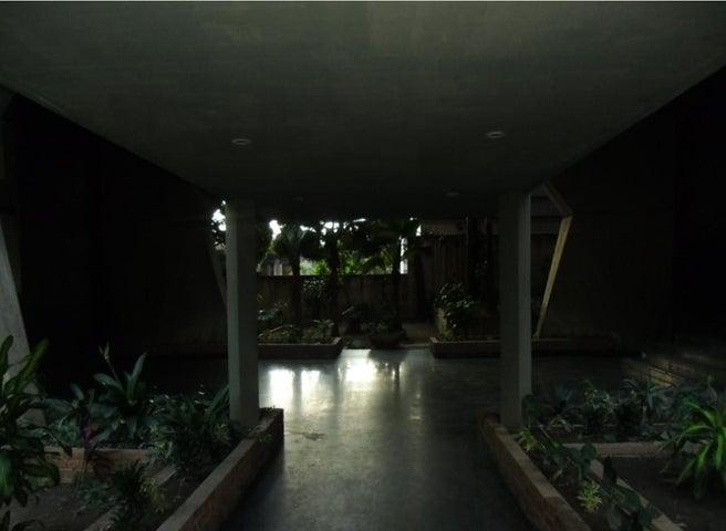 Apartamento Distrito Metropolitano>Caracas>El Recreo - Venta:75.000 Precio Referencial - codigo: 19-10118