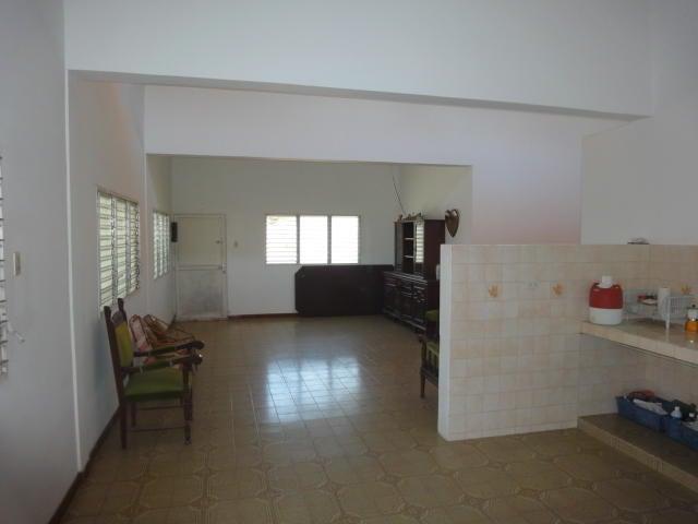 Casa Miranda>Rio Chico>El Cangregal - Venta:6.000 Precio Referencial - codigo: 19-10126