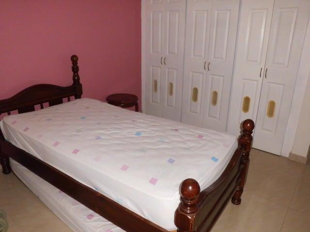 Casa Miranda>San Antonio de los Altos>Pomarosa - Venta:340.000 Precio Referencial - codigo: 19-10144