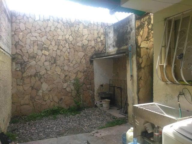 Casa Lara>Cabudare>Parroquia Cabudare - Venta:14.000 Precio Referencial - codigo: 19-10151