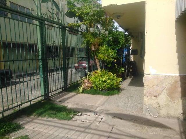 Casa Lara>Cabudare>Parroquia Cabudare - Venta:12.300 Precio Referencial - codigo: 19-10151