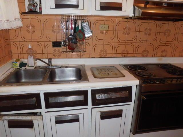 Apartamento Distrito Metropolitano>Caracas>Parroquia La Candelaria - Venta:49.000 Precio Referencial - codigo: 19-10155