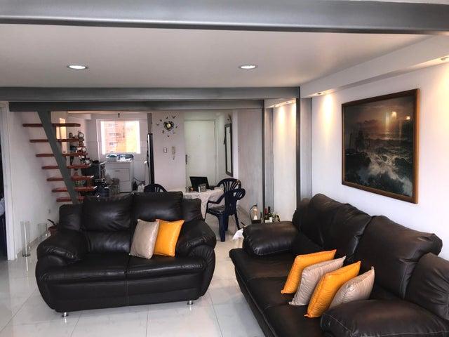 Apartamento Miranda>Carrizal>Los Parques - Venta:68.000 Precio Referencial - codigo: 19-10163