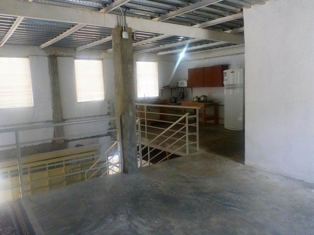 Galpon - Deposito Distrito Metropolitano>Caracas>La Union - Venta:350.000 Precio Referencial - codigo: 19-10166
