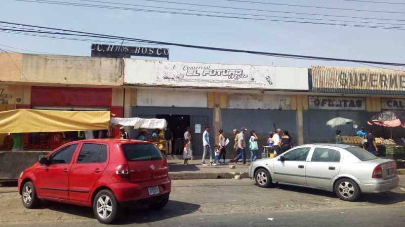 Terreno Carabobo>Valencia>Flor Amarillo - Alquiler:250 Precio Referencial - codigo: 19-10269
