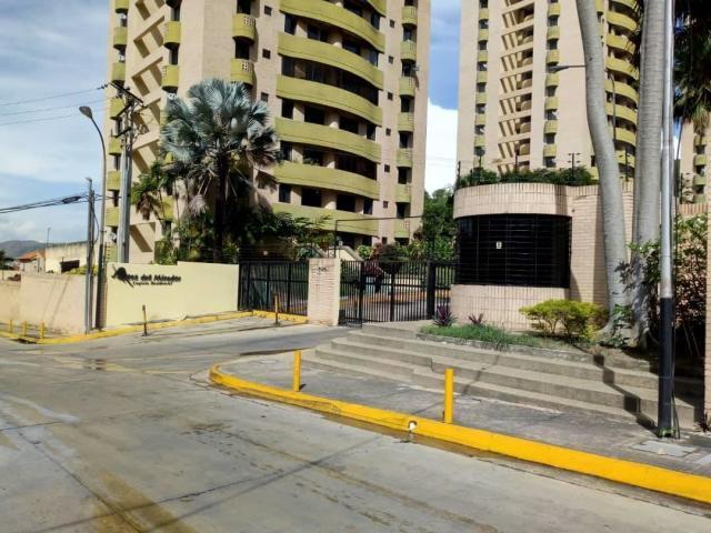 Apartamento Carabobo>Valencia>Guataparo - Venta:38.000 Precio Referencial - codigo: 19-9445