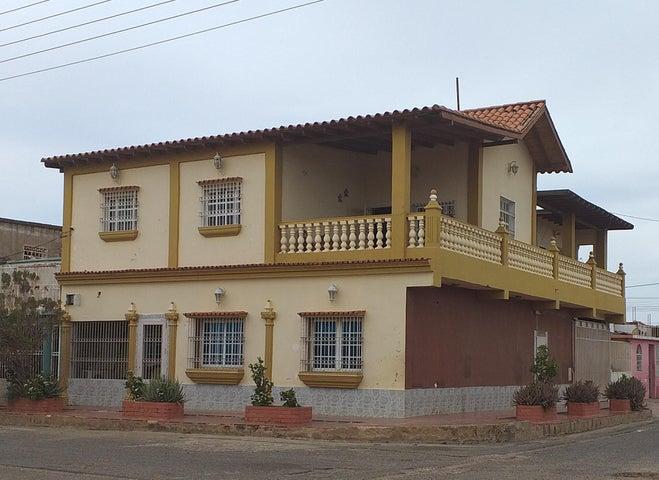 Casa Falcon>Coro>La Velita - Venta:18.000 Precio Referencial - codigo: 19-8276