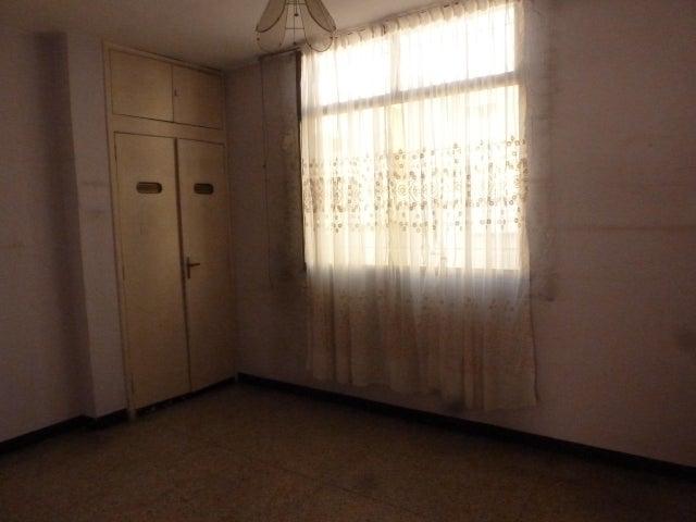 Apartamento Distrito Metropolitano>Caracas>Chacao - Venta:28.000 Precio Referencial - codigo: 19-10207