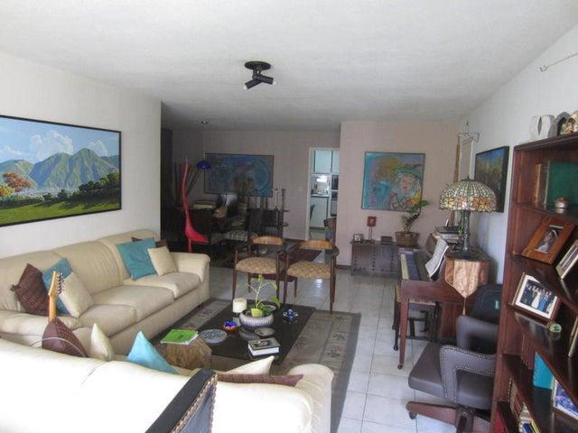 Apartamento Distrito Metropolitano>Caracas>El Cigarral - Venta:110.000 Precio Referencial - codigo: 19-10228