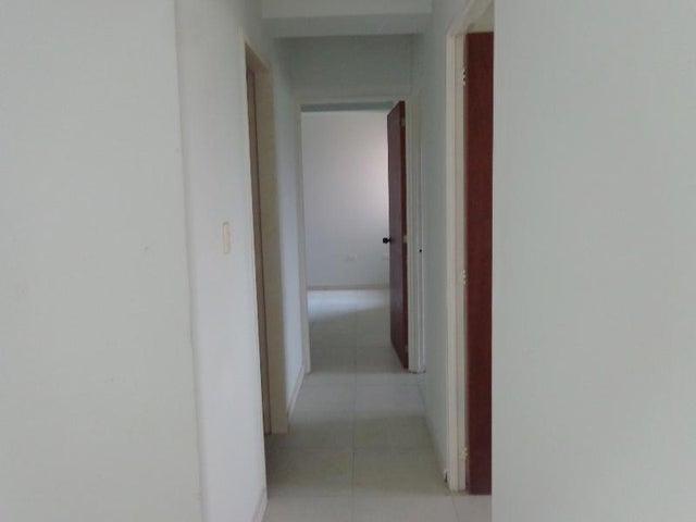 Apartamento Carabobo>Valencia>Las Chimeneas - Venta:35.000 Precio Referencial - codigo: 19-10259