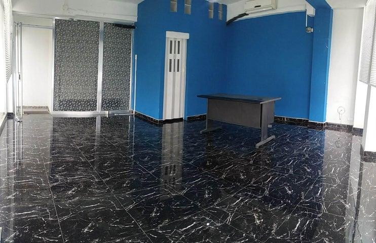 Oficina Carabobo>Puerto Cabello>Zona Colonial - Alquiler:280 Precio Referencial - codigo: 19-10310