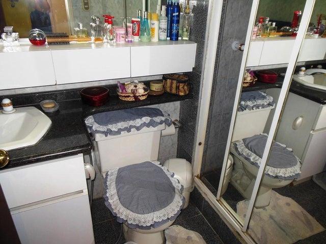 Apartamento Distrito Metropolitano>Caracas>Los Campitos - Venta:280.000 Precio Referencial - codigo: 19-10290