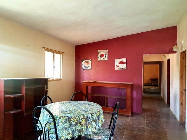 Casa Falcon>Sierra de Falcon>Caujarao - Venta:8.000 Precio Referencial - codigo: 19-10305