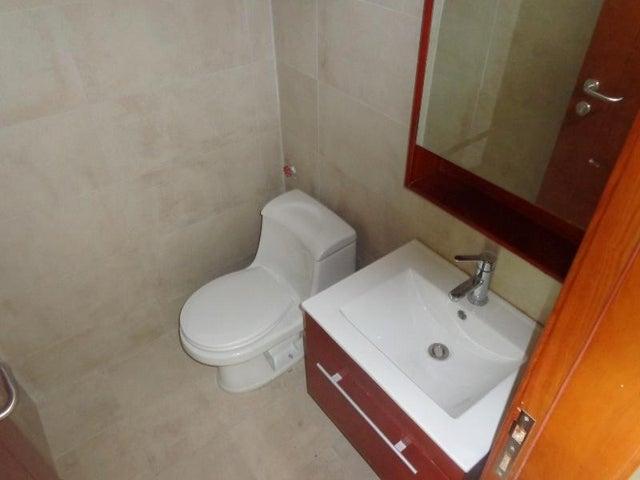 Oficina Carabobo>Valencia>La Viña - Alquiler:400 Precio Referencial - codigo: 19-10311