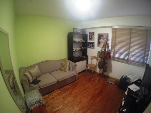 Apartamento Distrito Metropolitano>Caracas>Los Naranjos del Cafetal - Venta:95.000 Precio Referencial - codigo: 19-10318