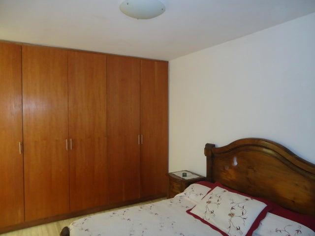 Casa Distrito Metropolitano>Caracas>La Trinidad - Venta:95.000 Precio Referencial - codigo: 19-10335