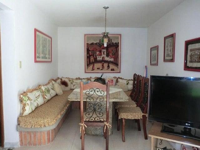Casa Miranda>San Antonio de los Altos>Los Castores - Venta:250.000 Precio Referencial - codigo: 19-10340