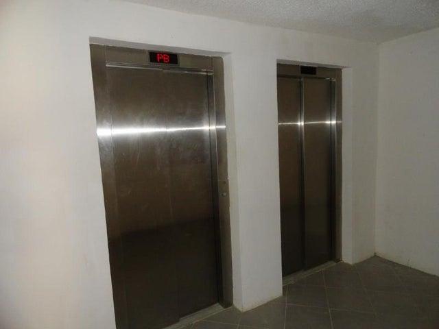 Apartamento Distrito Metropolitano>Caracas>Los Naranjos Humboldt - Venta:35.000 Precio Referencial - codigo: 19-10353