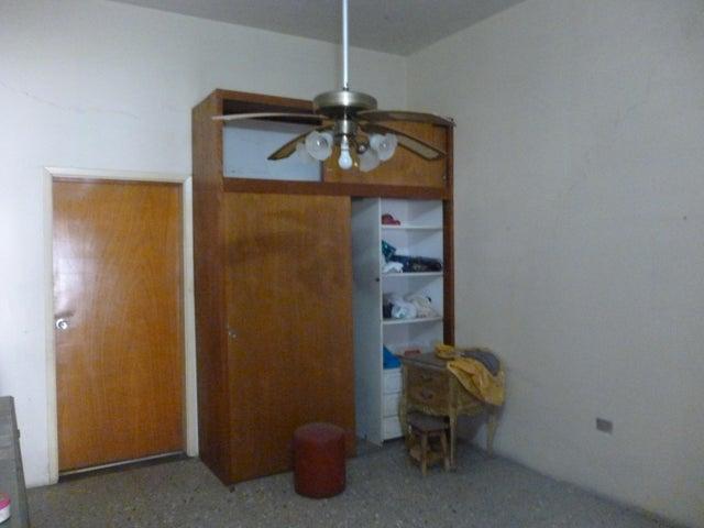 Casa Lara>Barquisimeto>Colinas De Santa Rosa - Venta:80.000 Precio Referencial - codigo: 19-10391
