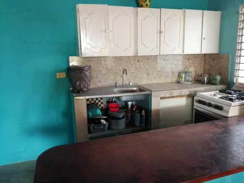 Casa Zulia>Ciudad Ojeda>La N - Venta:30.000 Precio Referencial - codigo: 19-10498