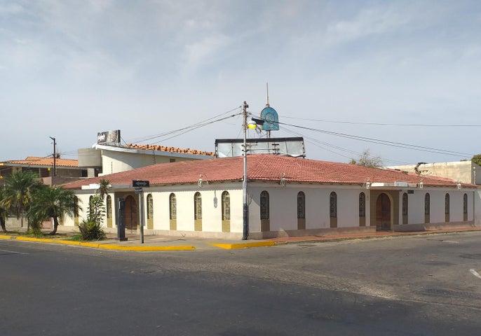 Local Comercial Falcon>Coro>Sector Concordia - Venta:200.000 Precio Referencial - codigo: 19-10475