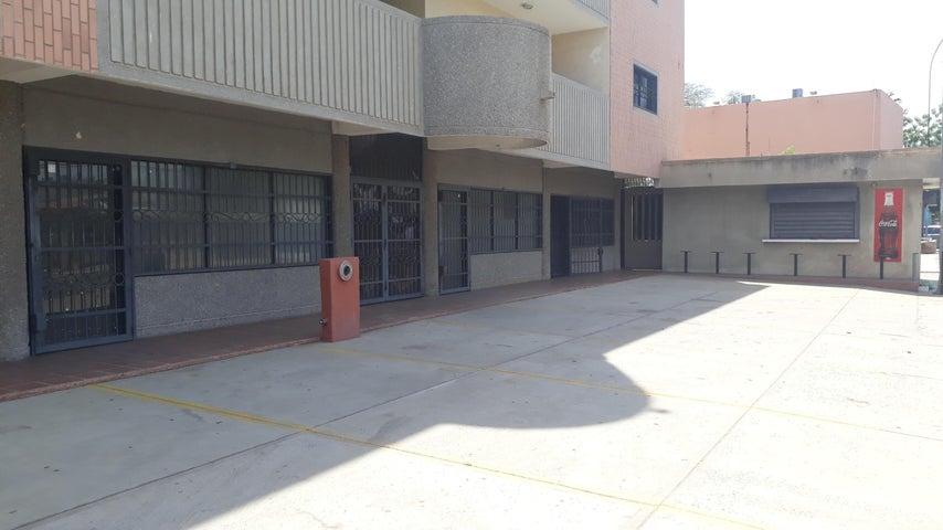Local Comercial Zulia>Maracaibo>Sucre - Alquiler:100 Precio Referencial - codigo: 19-10554