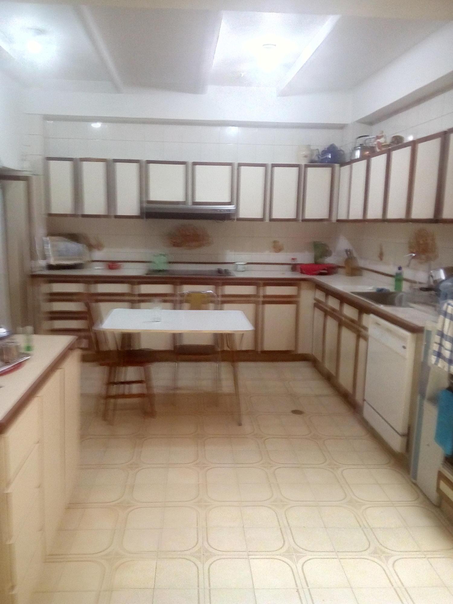 Casa Distrito Metropolitano>Caracas>Los Palos Grandes - Alquiler:2.000 Precio Referencial - codigo: 19-10577