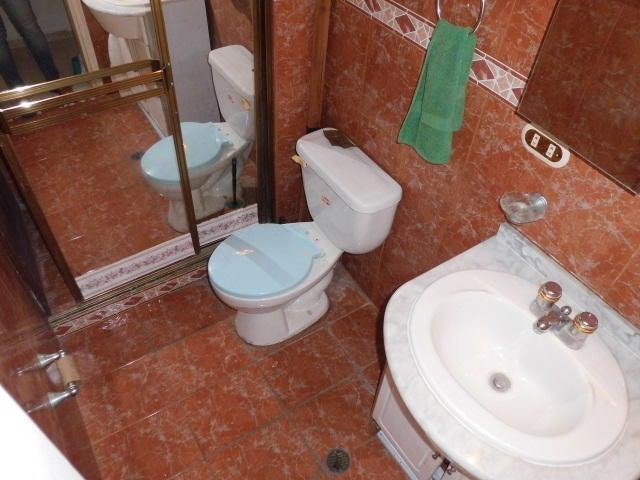 Apartamento Vargas>Parroquia Caraballeda>La Llanada - Venta:35.000 Precio Referencial - codigo: 19-10600