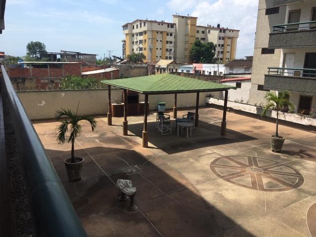 Apartamento Miranda>Municipio Brion>Hacienda El Banquito - Venta:6.500 Precio Referencial - codigo: 19-10741