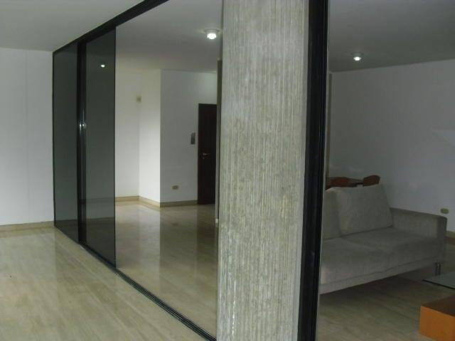 Apartamento Distrito Metropolitano>Caracas>Colinas de Valle Arriba - Alquiler:1.500 Precio Referencial - codigo: 19-10679