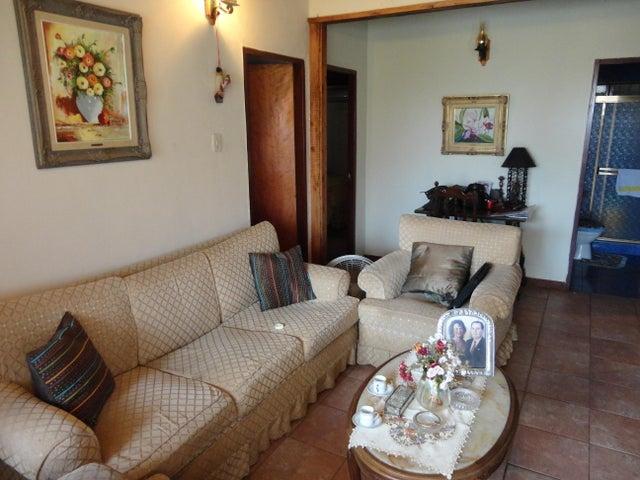 Casa Miranda>Charallave>Charallave Country - Venta:50.000 Precio Referencial - codigo: 19-10678