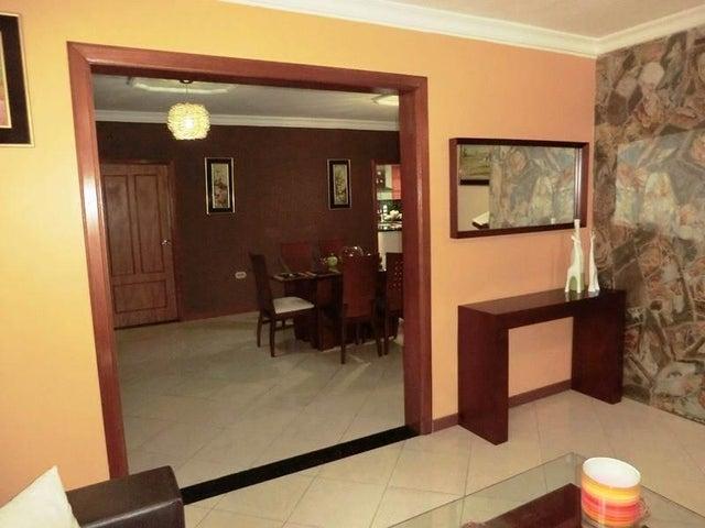 Casa Miranda>Charallave>Paso Real - Venta:170.000 Precio Referencial - codigo: 19-10699