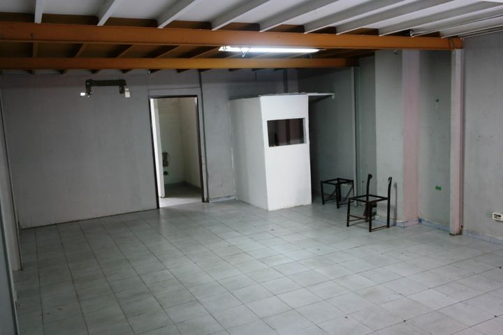 Local Comercial Distrito Metropolitano>Caracas>La Florida - Venta:90.000 Precio Referencial - codigo: 19-10753