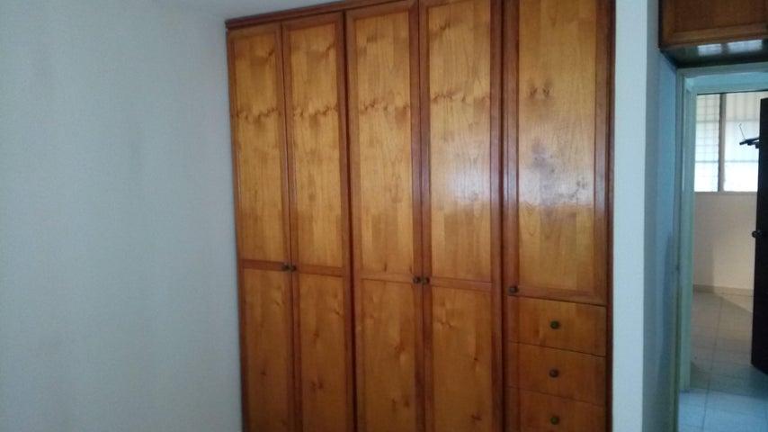 Apartamento Aragua>Turmero>Campo Alegre - Venta:15.000 Precio Referencial - codigo: 19-11221