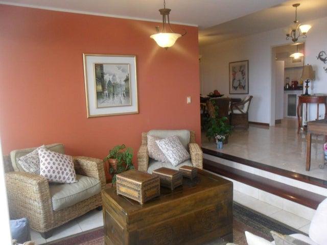 Apartamento Distrito Metropolitano>Caracas>Parque Caiza - Venta:25.000 Precio Referencial - codigo: 19-10818