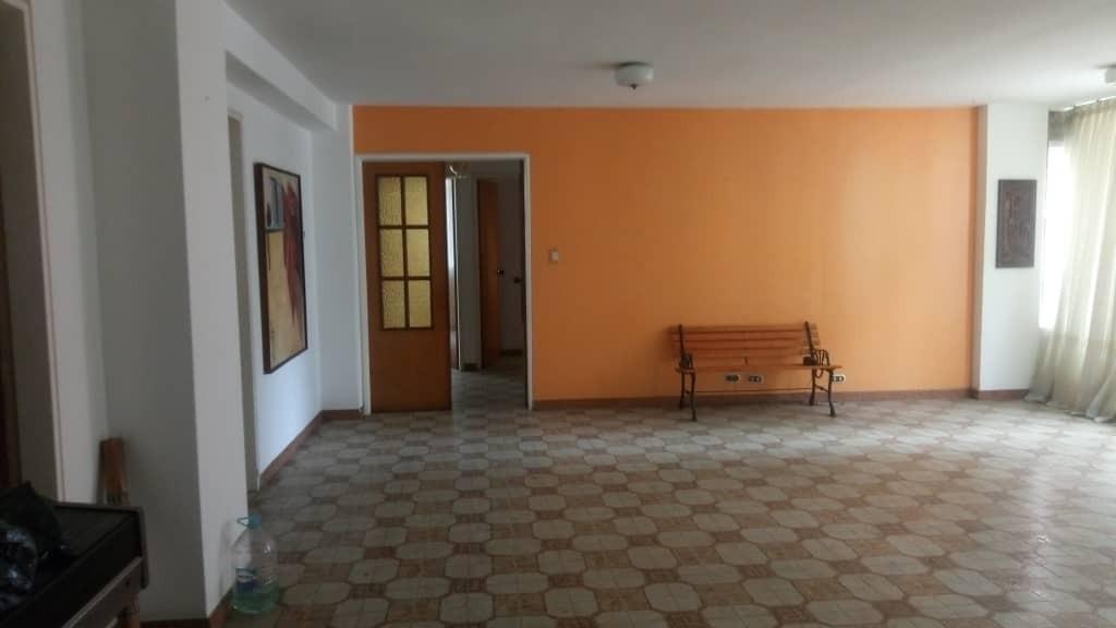 Apartamento Carabobo>Valencia>Prebo I - Venta:28.000 Precio Referencial - codigo: 19-13122