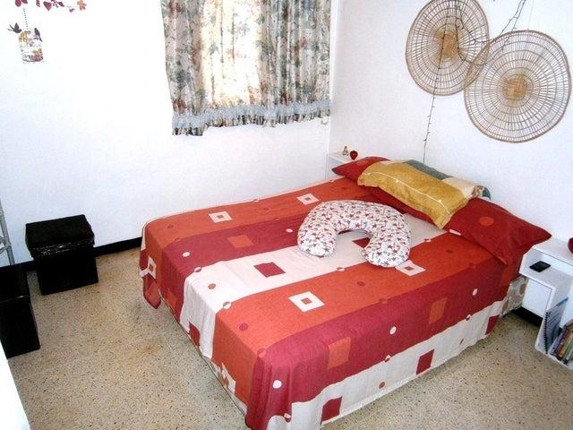 Apartamento Distrito Metropolitano>Caracas>Parroquia La Candelaria - Venta:35.000 Precio Referencial - codigo: 19-10765