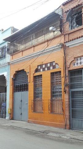 Galpon - Deposito Distrito Metropolitano>Caracas>San Agustin del Norte - Venta:70.000 Precio Referencial - codigo: 19-10924