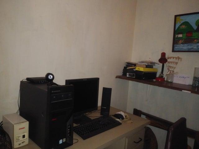 Apartamento Lara>Barquisimeto>Centro - Venta:12.800 Precio Referencial - codigo: 19-10775