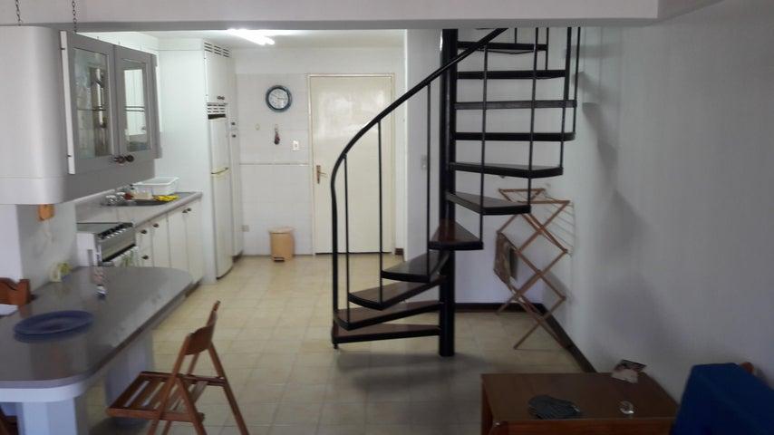 Apartamento Vargas>Parroquia Caraballeda>Caribe - Venta:22.500 Precio Referencial - codigo: 19-10826