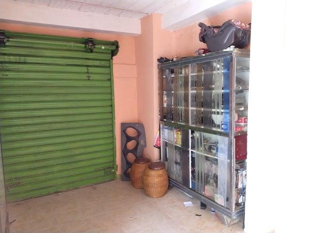 Casa Aragua>Cagua>La Fundacion - Venta:24.500 Precio Referencial - codigo: 19-10824