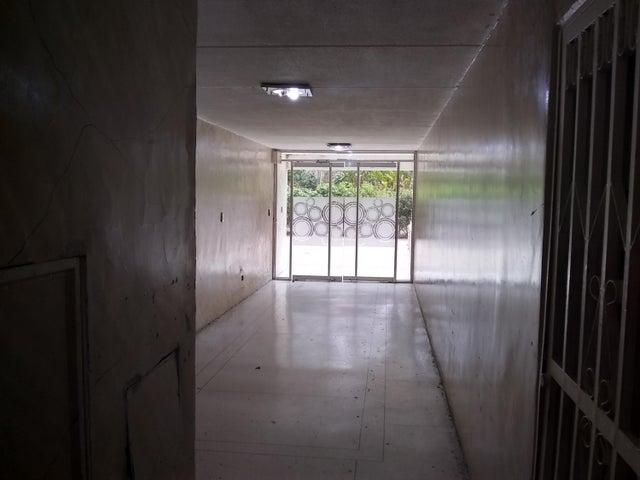 Apartamento Distrito Metropolitano>Caracas>Caricuao - Venta:29.000 Precio Referencial - codigo: 19-11560