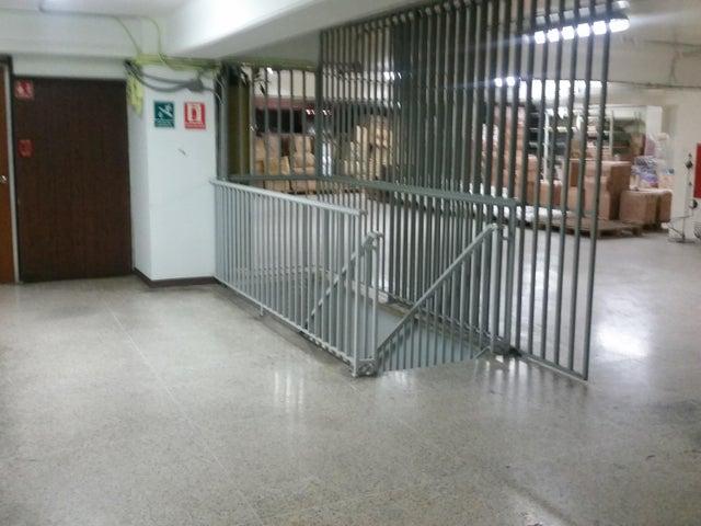 Local Comercial Distrito Metropolitano>Caracas>Parroquia La Candelaria - Venta:700.000 Precio Referencial - codigo: 19-10887