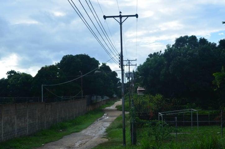 Terreno Miranda>Higuerote>Santa Isabel Sotillo - Venta:11.000 Precio Referencial - codigo: 19-10951