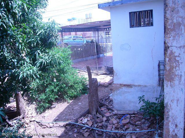 Terreno Zulia>Maracaibo>Banco Mara - Venta:30.000 Precio Referencial - codigo: 19-10910