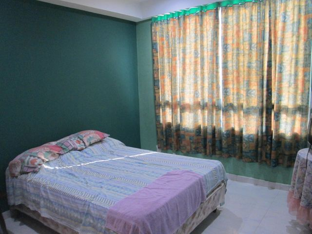 Apartamento Vargas>Catia La Mar>Playa Grande - Venta:45.000 Precio Referencial - codigo: 19-10979