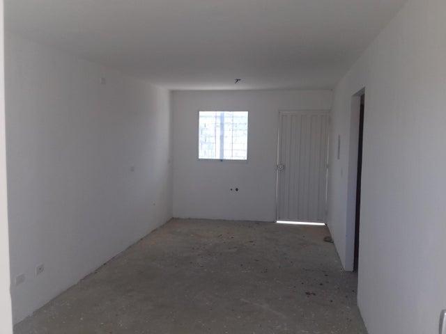 Casa Lara>Barquisimeto>Roca del Norte - Venta:7.500 Precio Referencial - codigo: 19-10930