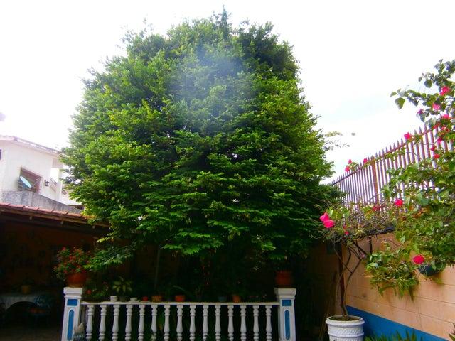 Casa Carabobo>Valencia>La Viña - Venta:160.000 Precio Referencial - codigo: 19-10942