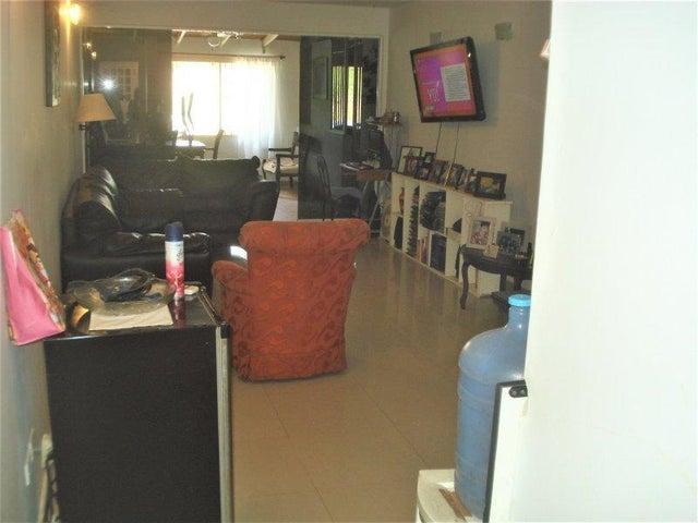 Apartamento Miranda>Guatire>Valle Grande - Venta:20.000 Precio Referencial - codigo: 19-10955